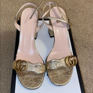 Gucci size 39.5 gold heels. GG metallic sandal